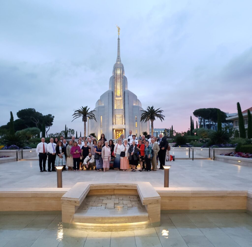 Group in front of Rome Italy Temple